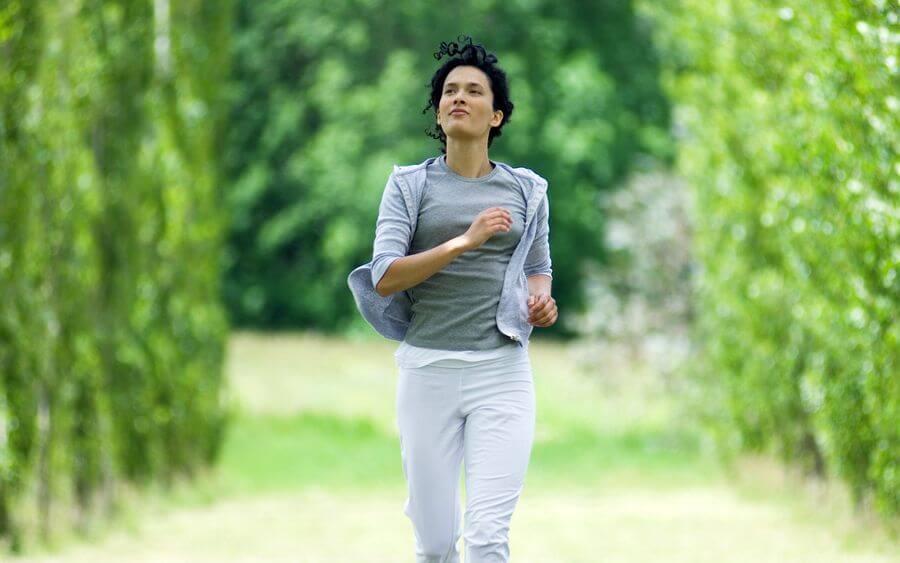 Бег по утрам: как правильно бегать, как заставить себя делать утреннюю пробежку